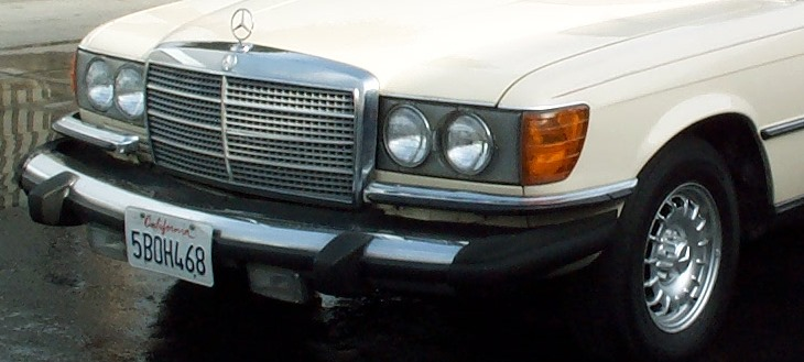 Mercedes 300 SD front